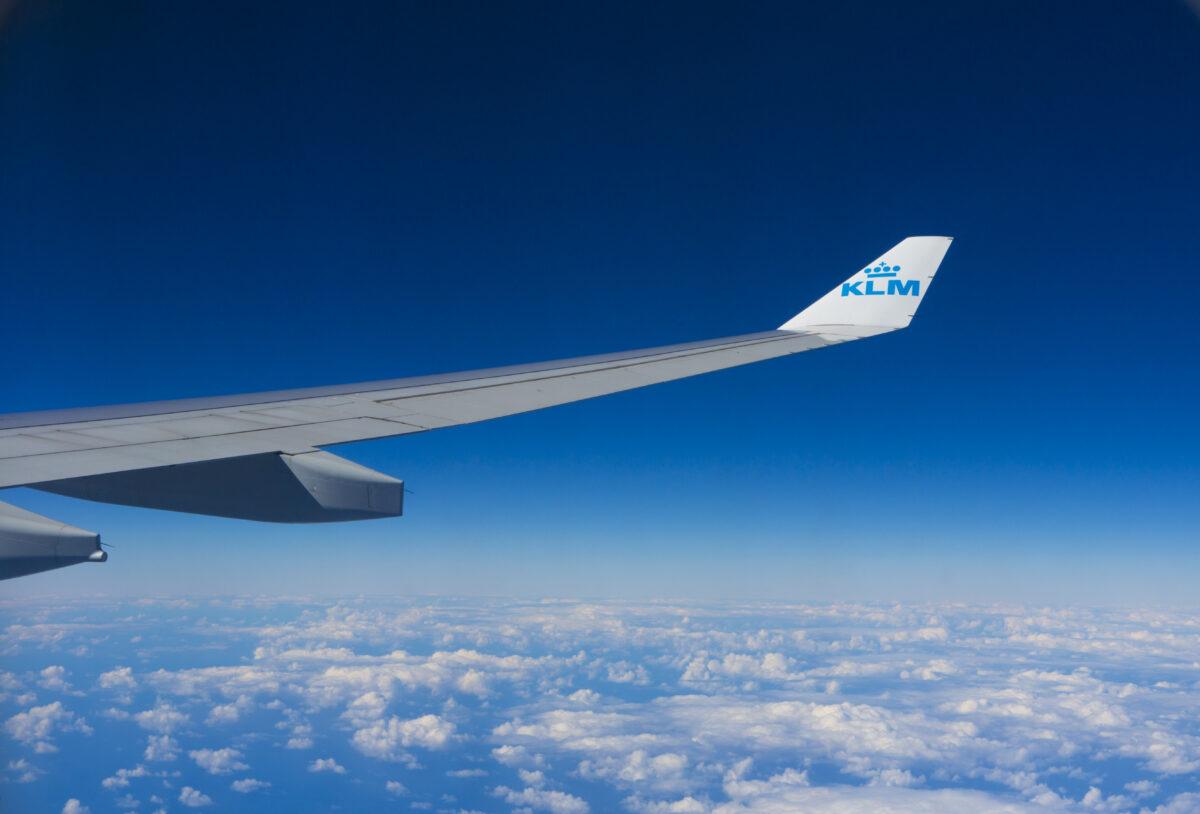 Ruim 100 organisaties roepen politiek op tot krimp luchtvaart